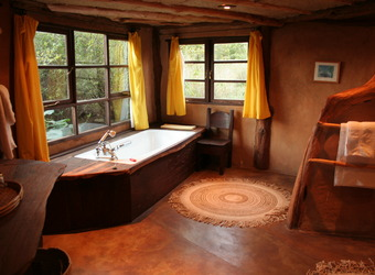 Lewa Wilderness Lodge, exquisite en suite bathroom with spacious soaking tub and wonderful interior decorating, African safaris, Kenya