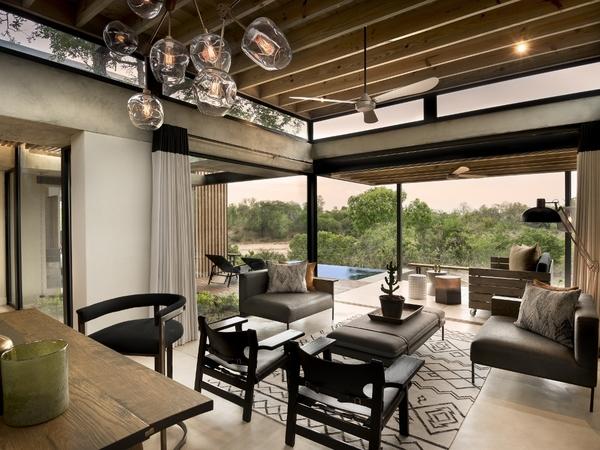 Large_lion_sands_ivory_-_3_suite_lounge