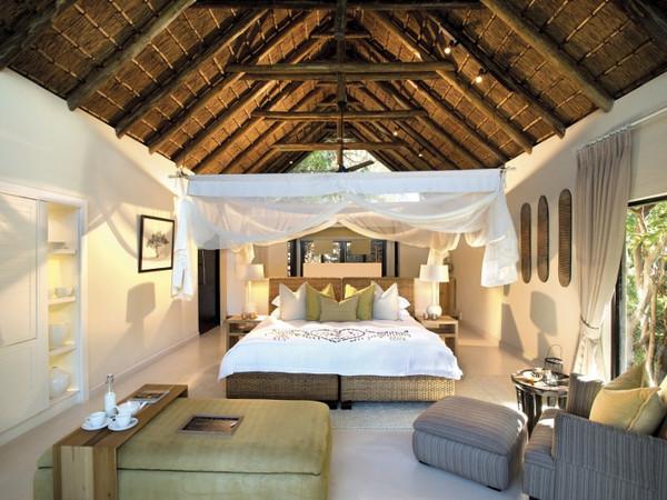 Large_lion-sands-river-lodge-superior-luxury-room__800x534_