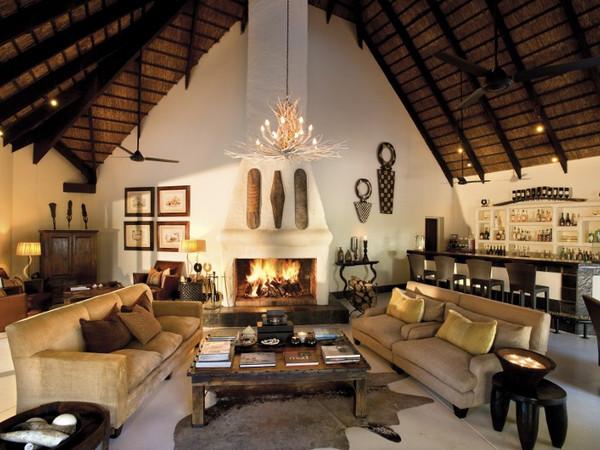 Large_lion-sands-river-lodge-indoor-lounge__800x534_