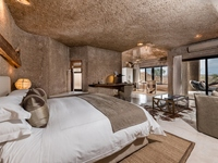Grid_earth_lodge_-_main__luxury_suite_