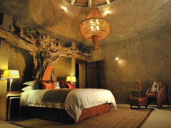 Large_earth_lodge_-_6__amber_suite_