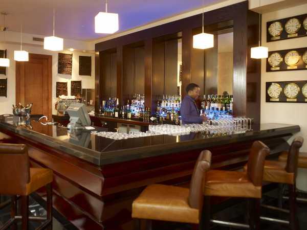 Large_intercontinental-bar