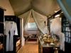 Duba Plains Camp bathroom