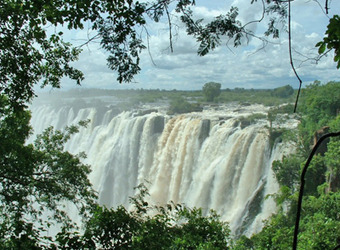 Photo: Victoria Falls (Zimbabwe side)