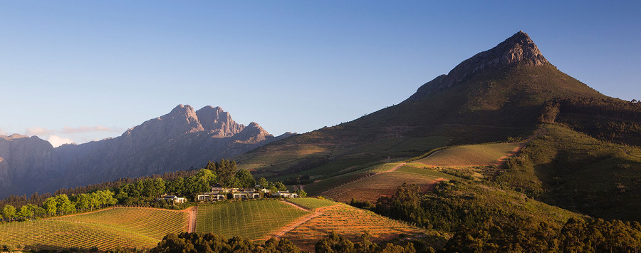 Huge_-img-clients-south_africa-delaire_graff-01.-delaire-graff-landscape
